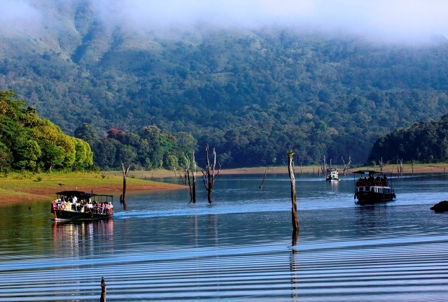 five-beautiful-places-to-visit-in-thekkady