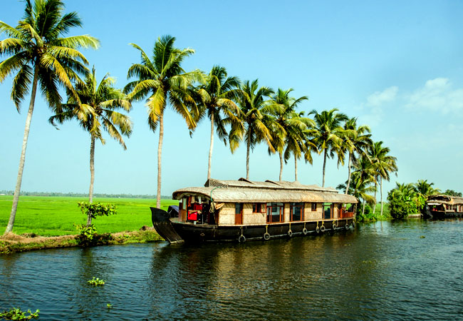 2-nights-3-days-kumarakom-houseboat-and-resort