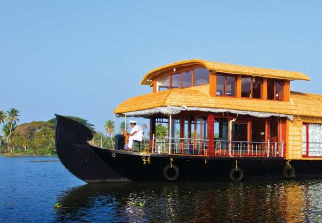 1-night-2-days-alleppey-houseboat-package