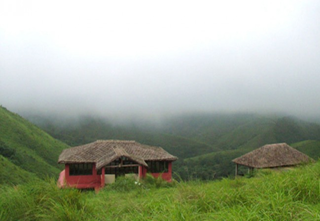 2 Nights 3 Days Vagamon Tour Package