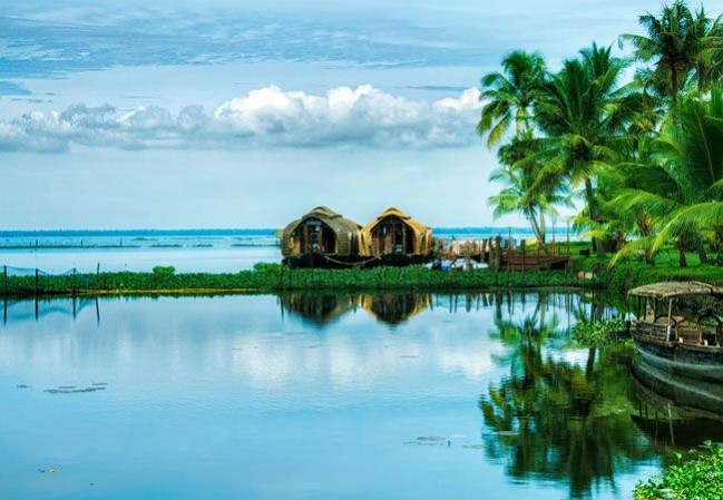1 Day Kumarakom Houseboat Package