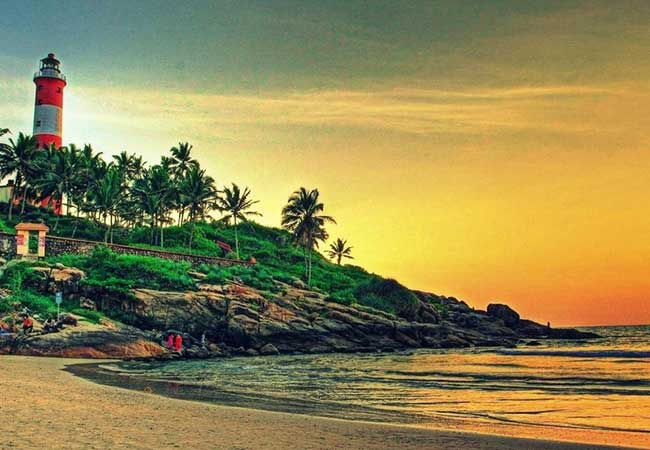 2-nights-3-days-kovalam-kerala-honeymoon-tour-packages