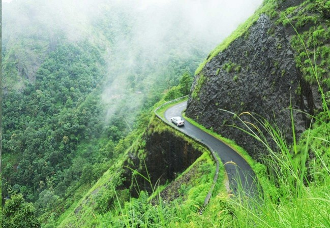 1 nights 2 days Vagamon Tour package