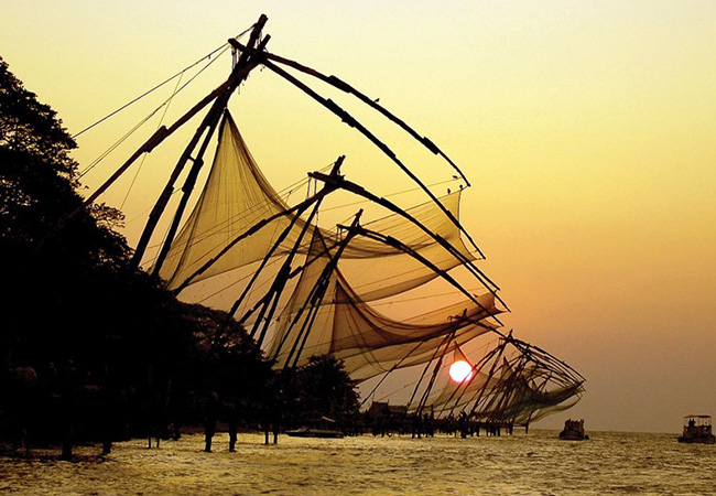 3-nights-4-days-cochin-alleppey-houseboat-kerala-tour-package