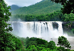 2-nights-3-days-athirapally-alleppey-houseboat-kerala-tour-packages